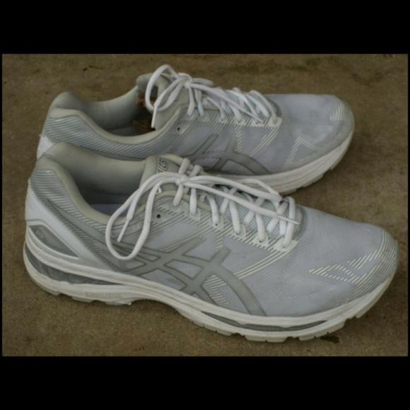online store 22b8a ecd6e Asics Gel Nimbus 19 Size US 15 M Men's Grey